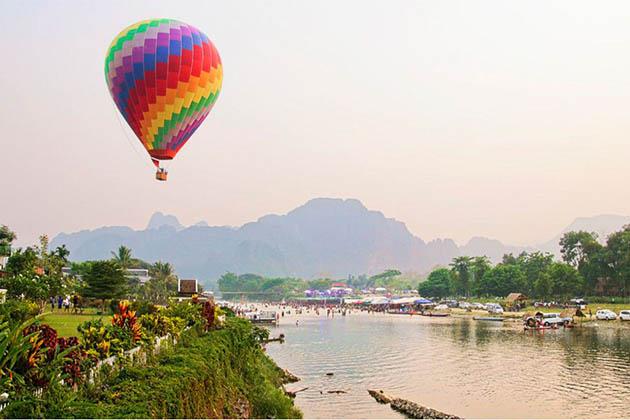 Balloon in Vang Vieng