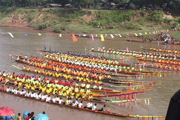 Boun Souang Heua Festival