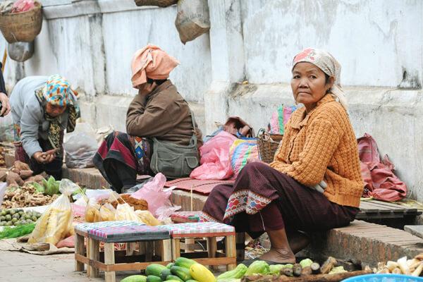 Phousi-Market Laos travelling
