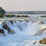 Waterfall-of-Khone-Phapeng, Travel to Laos