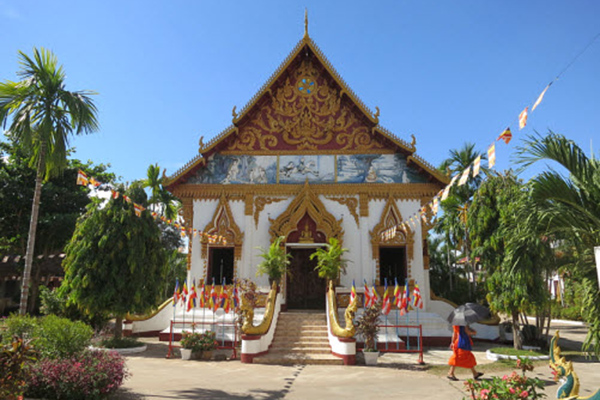 The main building of Wat Luang in Paske, Laos Tour Package