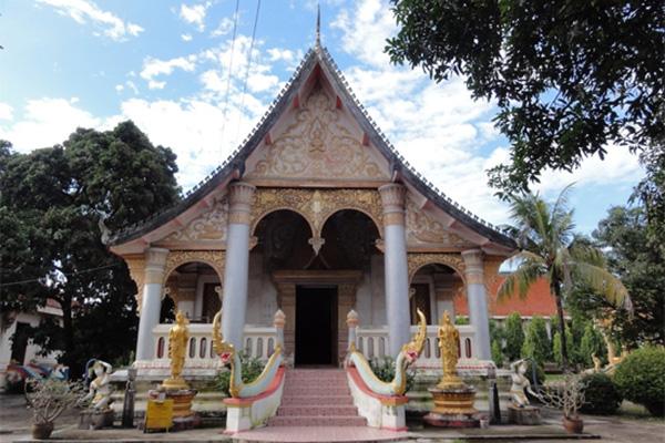 The main building of Wat Xayaphoum things to do in Savannakhet