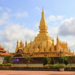 that luong stupa laos tour