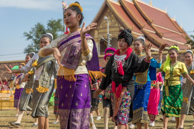 lao dance traditional dances in laos