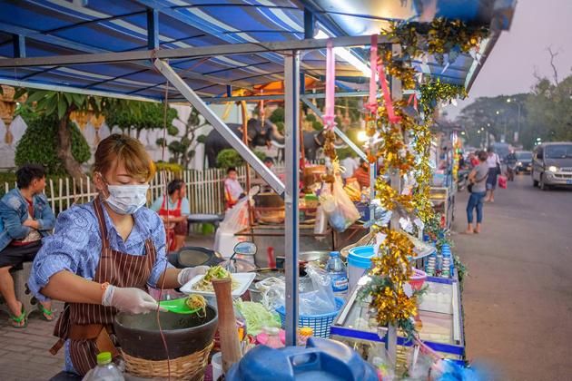 Vangthong Food Market vientiane nightlife