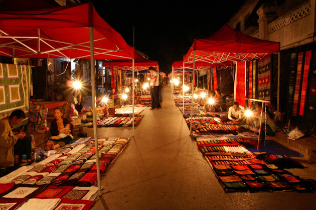 luang prabang night market laos nightlife