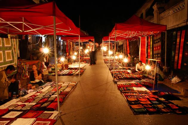 luang prabang night market laos nightlife