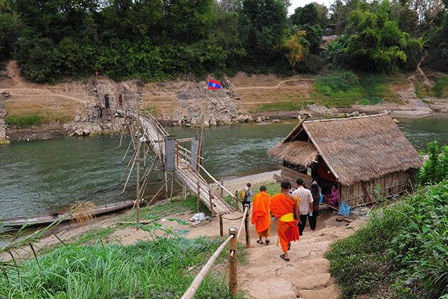 Ban Xieng Lom Village, Tours in Laos