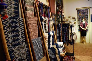 Art Galleries & Craft Centers in Luang Prabang