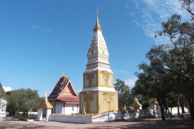 prabhat-ponsan-laos-tours