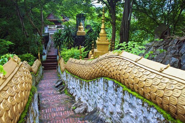 Mount-Phou-Si-luang-prabang-tours