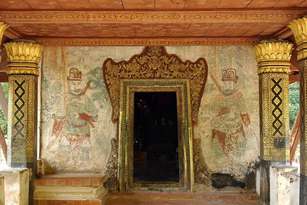 Wat-Long-Khoun-luang-prabang-tours