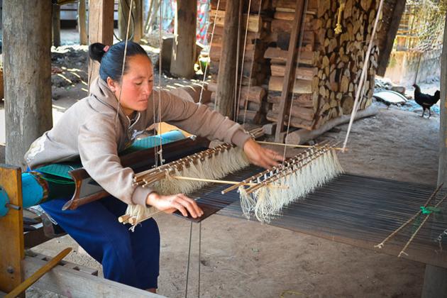 Tai Dam Weaving luang namtha