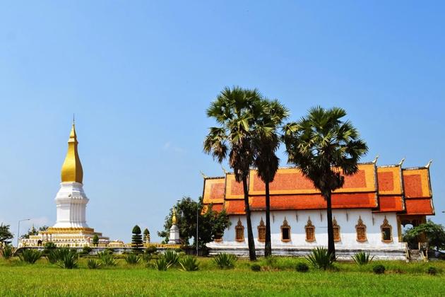 Thakhek Stupa