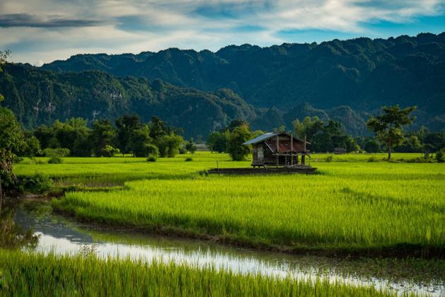 best time to visit thakhek laos