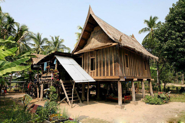 The Speical Architecture in Lao Traditional Houses