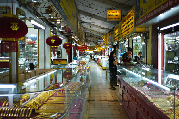 morning market vientiane tours