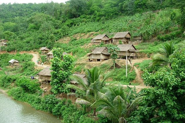 laos hmong village vientiane tours