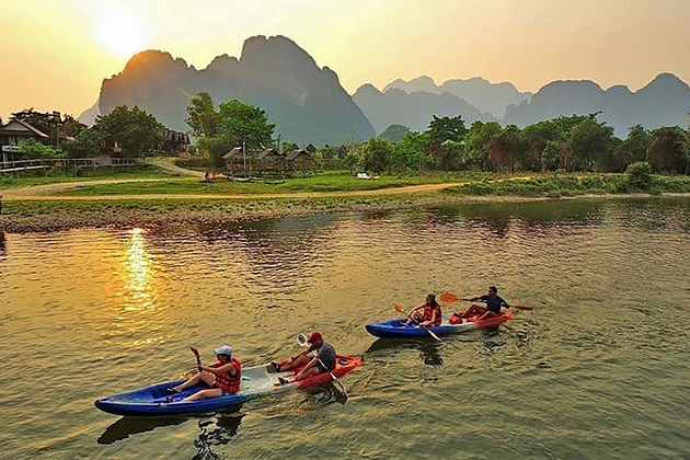 laos kayaking