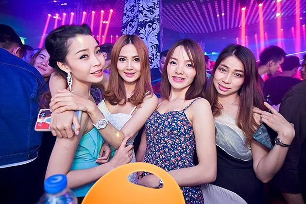 5 ways to meet and date Lao girls