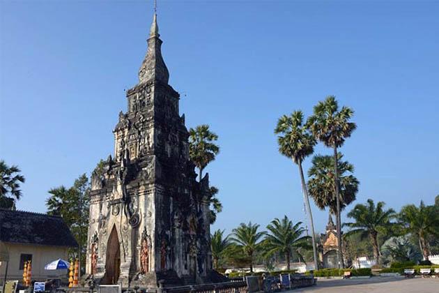 Best Time to Visit That Phone Stupa in Savannakhet