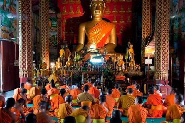 Buddha Park at Wat Visounnarath, Laos Travel
