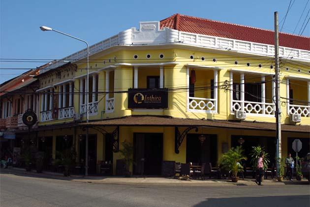 Old Thakek Town
