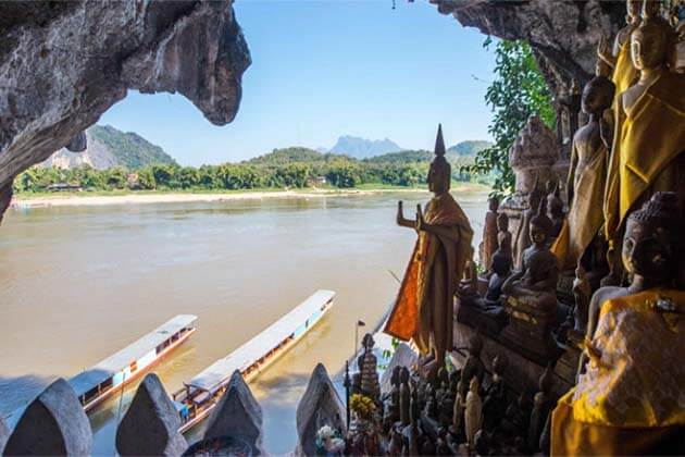 Pak Ou Cave, Laos Tour