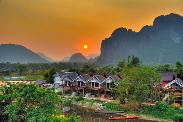 Vang Vieng, Laos Tours Packages