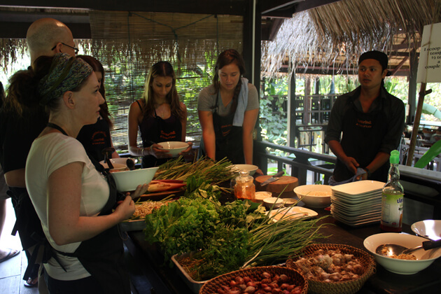 Lao-Cooking-Class-in-vientiane-tours