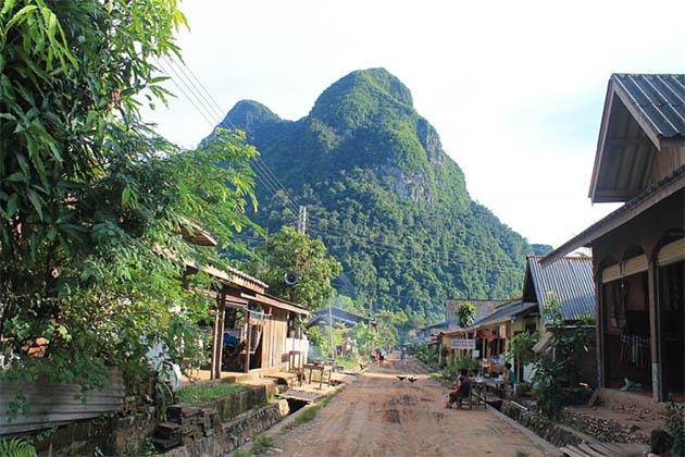 Lao Loum Village, Tour in Luang Prabang