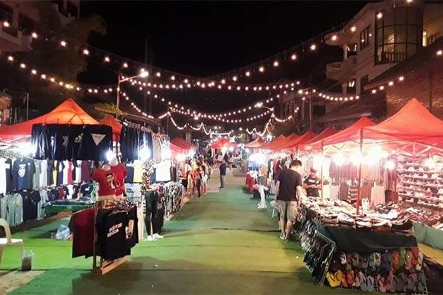 Luang-Prabang-Night-Market, Luang Prabang Tours