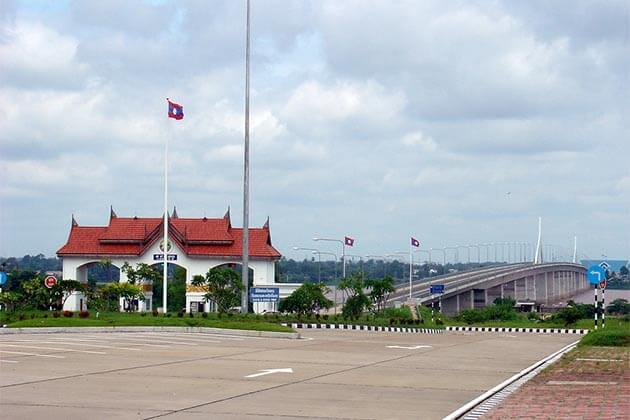 Mekong-river-Bridge