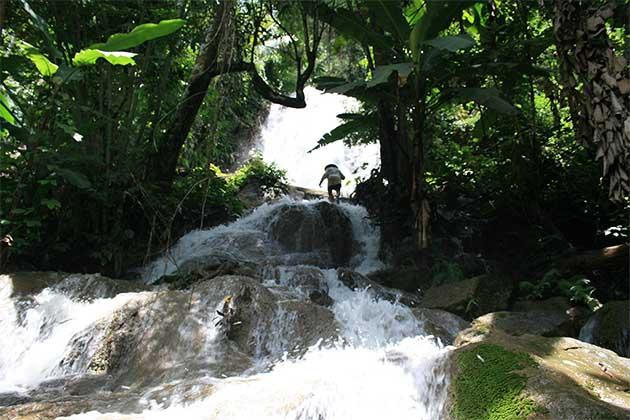 Nong Khiaw 100 waterfall, Luang Prabang, Trip