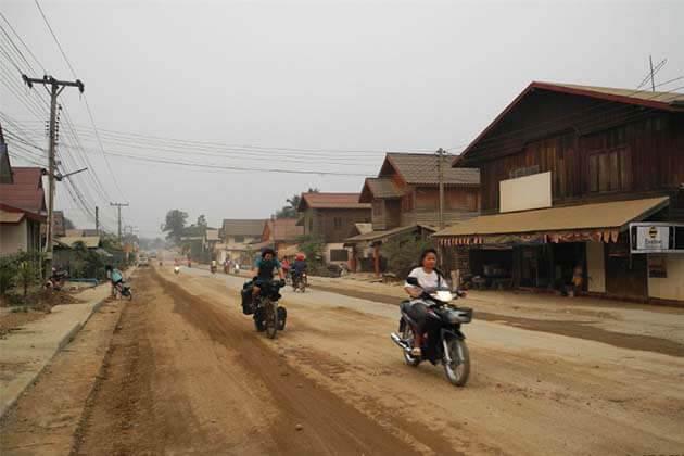 Paklai in Laos, Laos tour