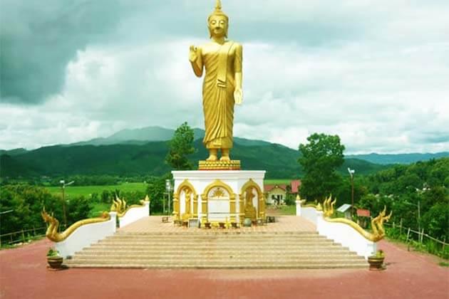 Pra Xach Kham Temple, Laos Trips