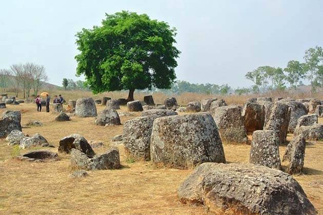 The-Plain-of-Jars, trips in Laos