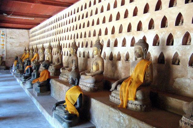 Wat-Sisaket-vientiane-tours