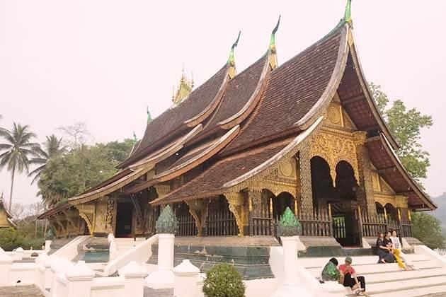 Wat Xieng Thong, Laos trips