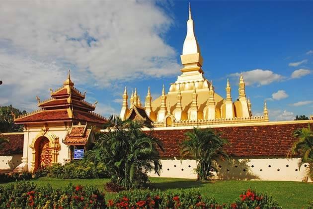 that Luang Stupa, Laos Trip