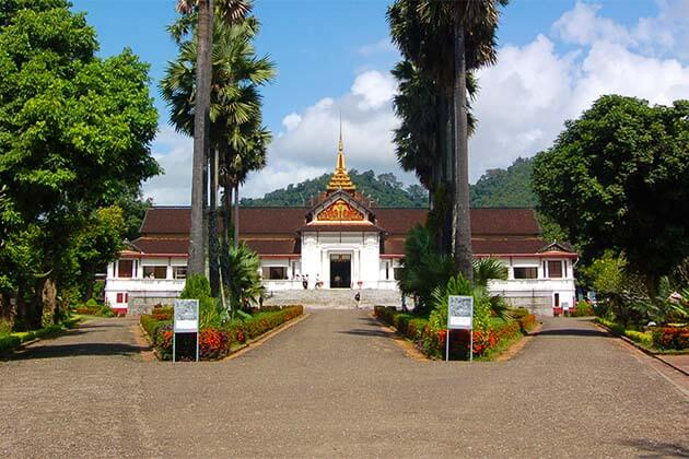 royal palace in Laos, Laos tour packages