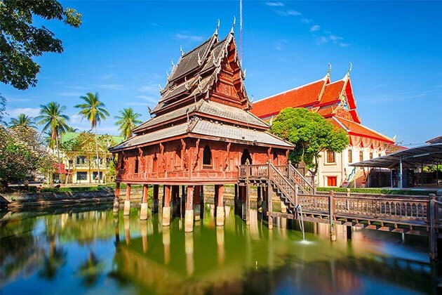 The Charm of Vientiane – 4 Days