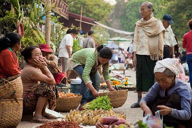 Local market in Laos, Tours in Laos