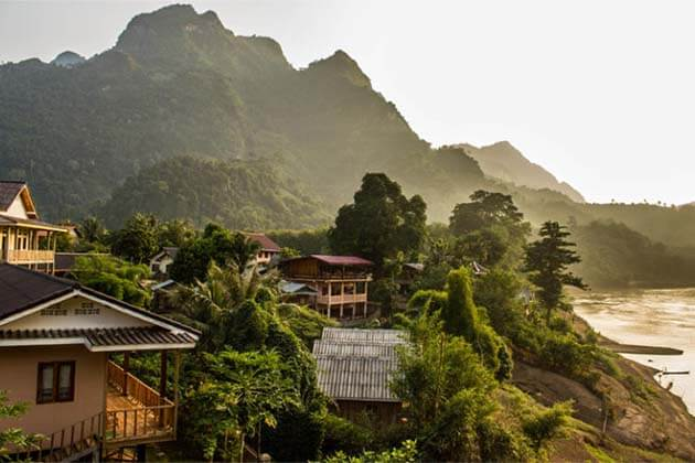 Nong Khiaw view point, Laos tour