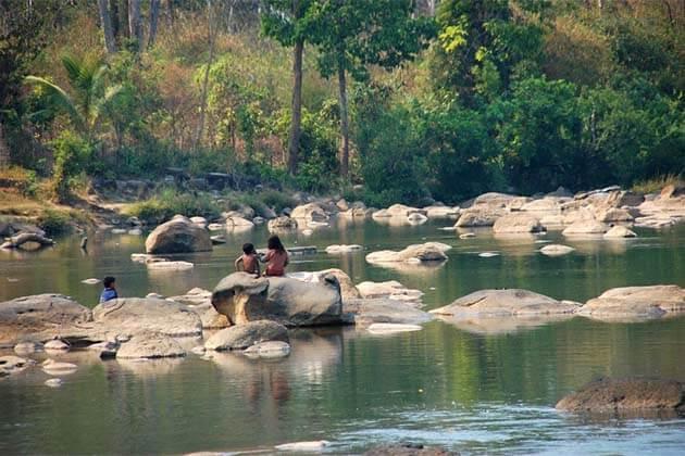 Tad Lo, Laos Trips