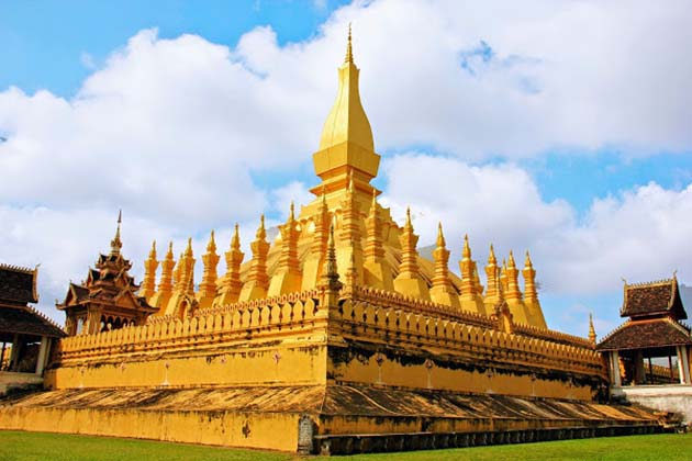 That Luang Stupa, Vientiane City Tours
