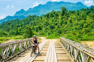 Summer is on its way, visit Laos tour now!